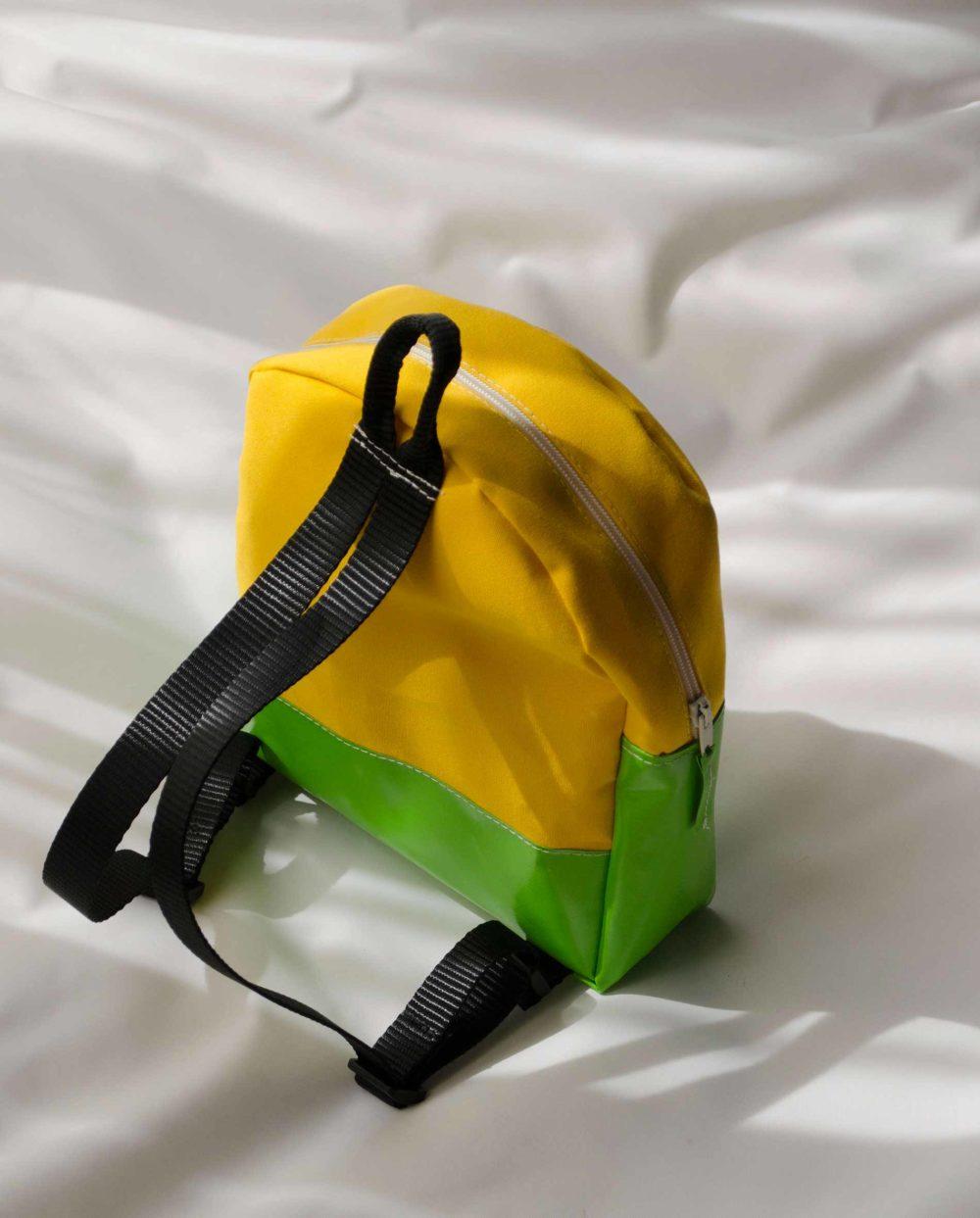 zainetto-baby-giallo-verde-2